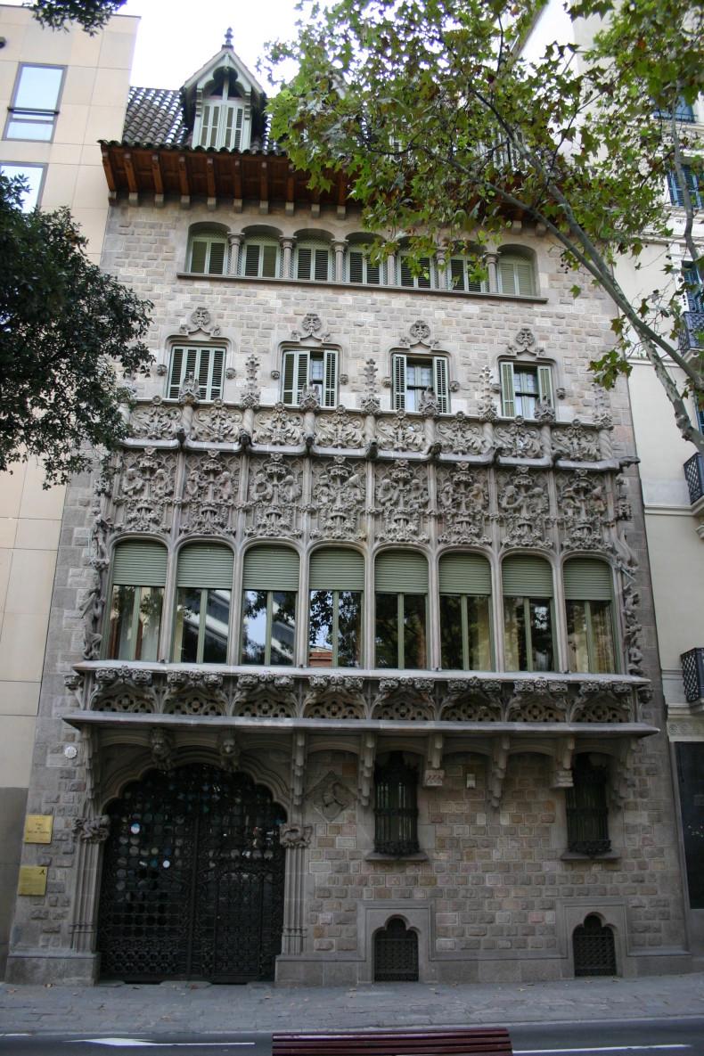 juyol-i-bach-Palau-del-Baro